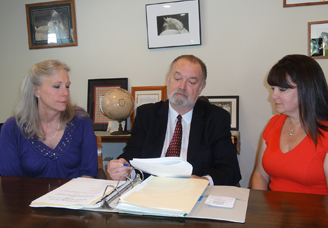 Jon Henricksen with Tammy Townsend and Margaret Baulsir - Attorney in Gladstone Oregon